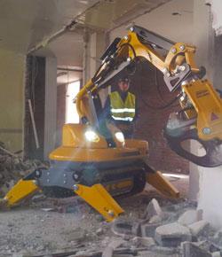 Démolition controllée, robot de démolition, Brokk 100, MD BAT, Tahiti